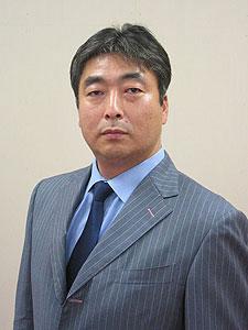 共立産業株式会社 代表取締役 鈴木 勇雄